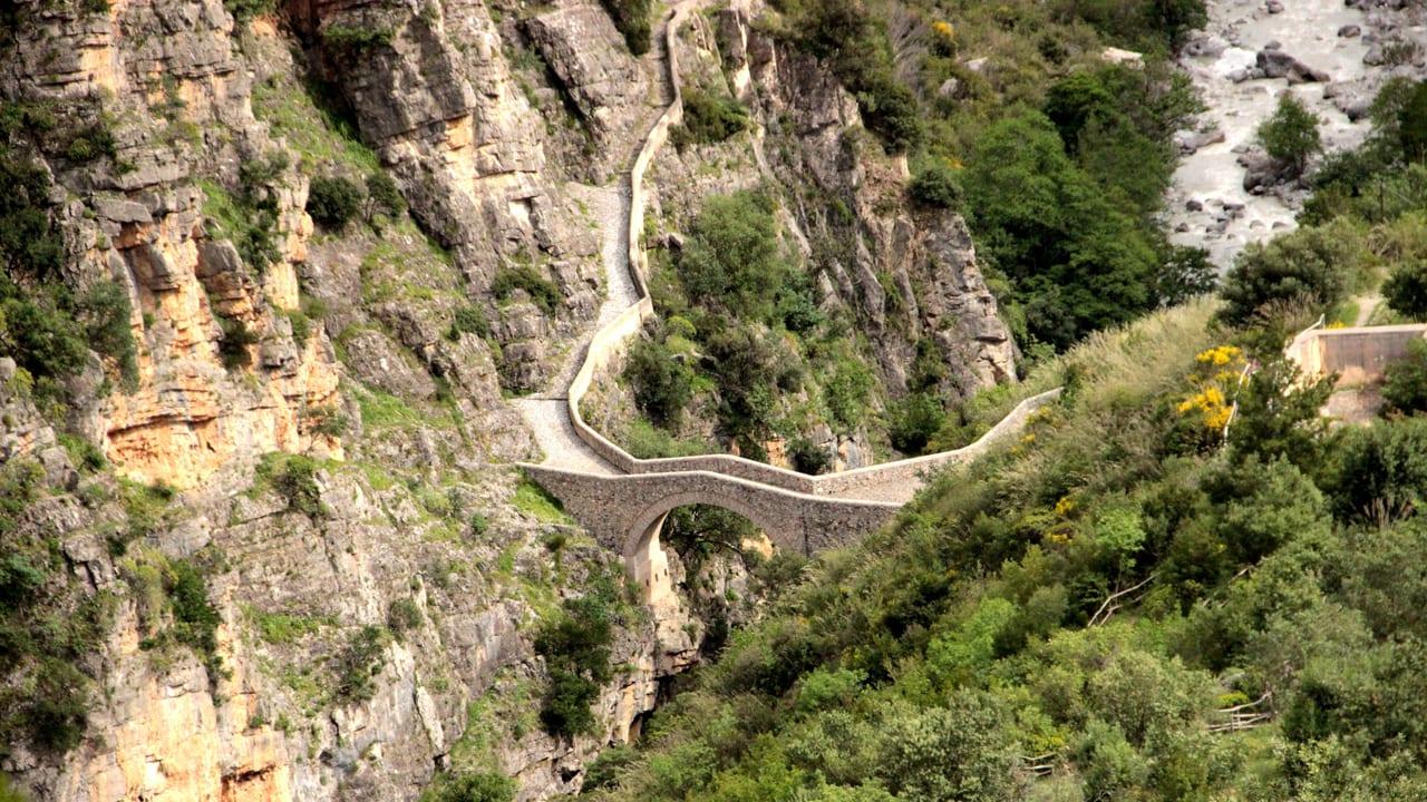 Civita. Fonte Flick1 1280 x 720